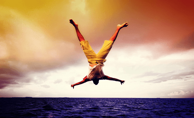۵ روش برای آنکه مشکلاتتان را با آغوش باز بپذیرید و بر ترس هایتان غلبه کنید